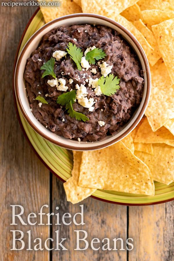 Frijoles Negros Refritos - Refried Black Beans