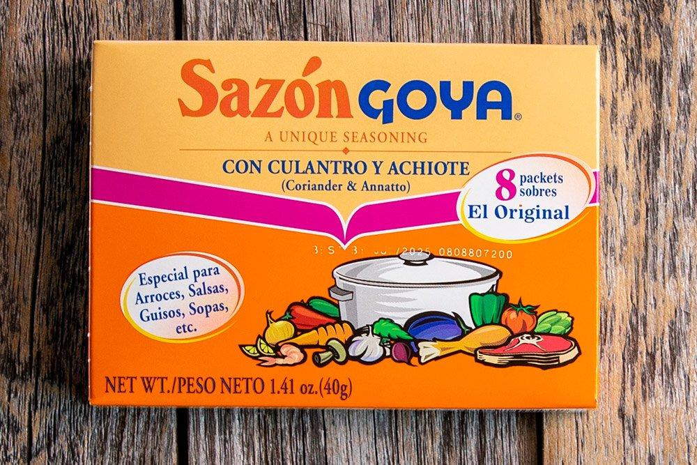 Sazon Goya con Culantro y Achiote will elevate your Texas-style chili con carne.